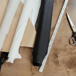 How Big Is a Yard of Fabric and How to Measure It?